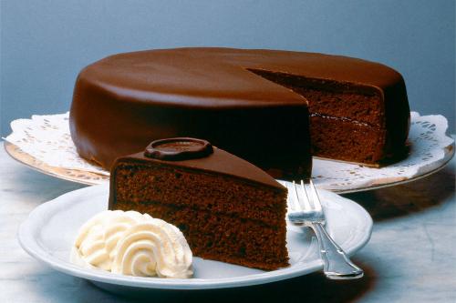 """Готуємо самий шоколадний торт """"Захер"""""""