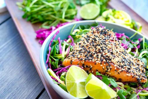 Рецепт дня: стейк з лосося в паназійському стилі