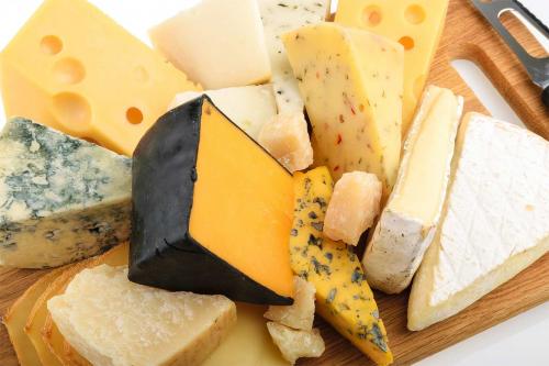 Скільки видів сирів ви знаєте?