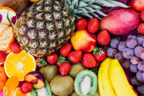 Що їсти влітку: 15 корисних продуктів