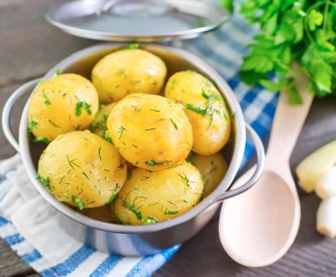 Картопля: користь чи шкода для організму?