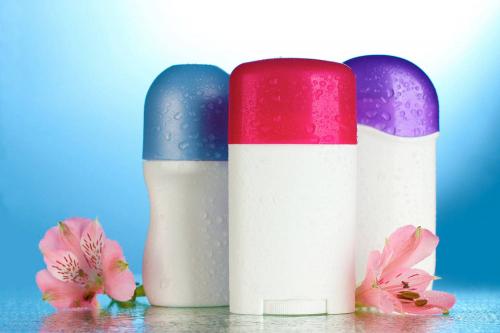 7 прихованих можливостей дезодоранту, які зроблять життя простішим