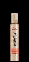 Мус для волосся Wellaflex Екстрасильна Фіксація зі зволожуючим комплексом, 200 мл