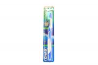 Зубна щітка Oral-B 3D White Fresh Soft, 1 шт.