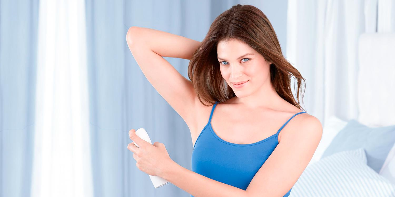 Сухий шампунь може стати альтернативою дезодоранту. Ми попереджаємо  він не  призначений для боротьби з бактеріями 92bdb60cd1a23